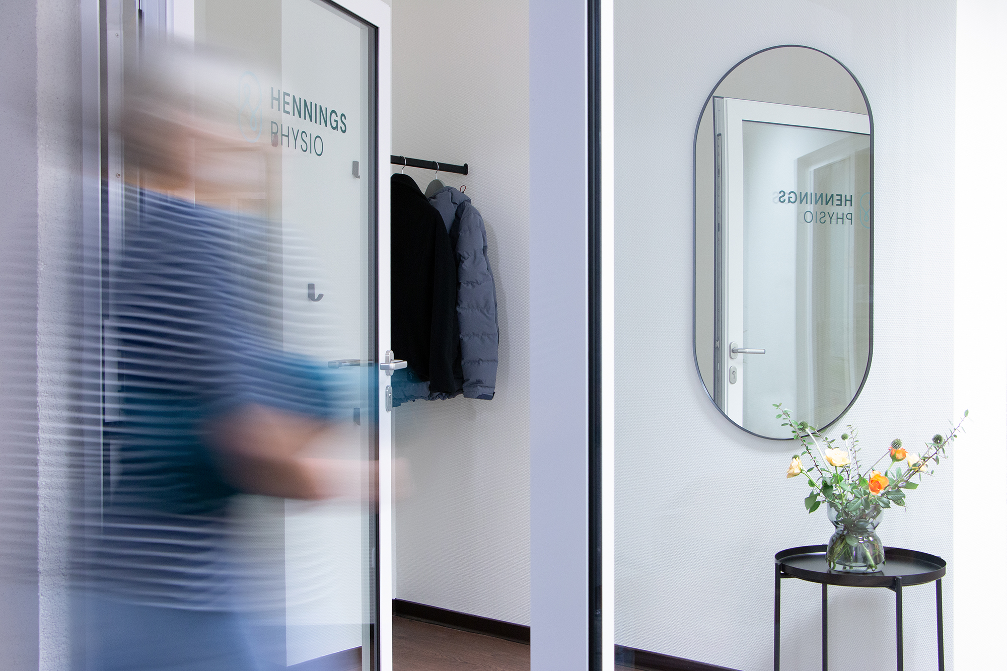 Hennings-Physio-Garderobe-Studio-Fondo