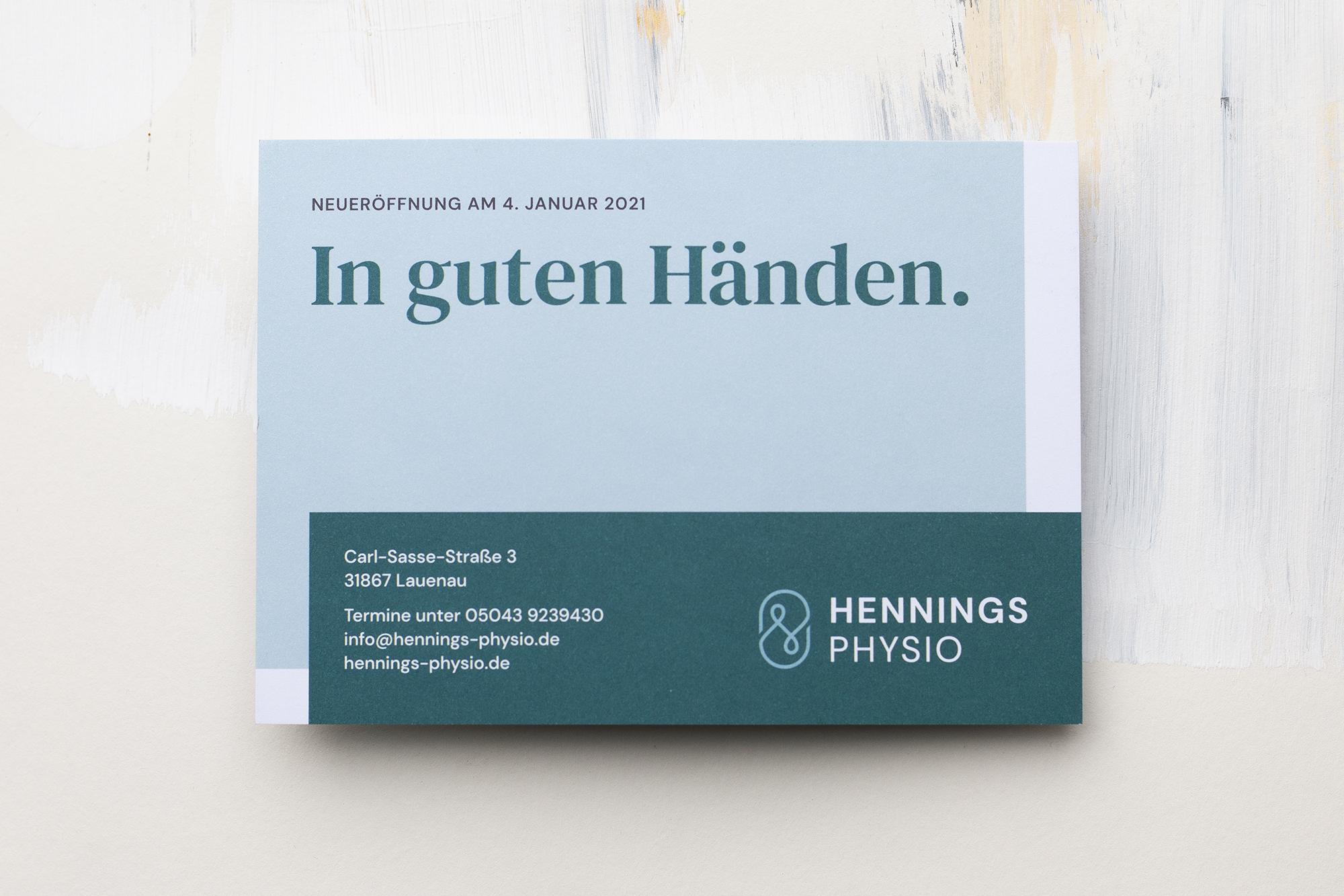 Hennings-Physio-Postkarte-Vorderseite-Studio-Fondo
